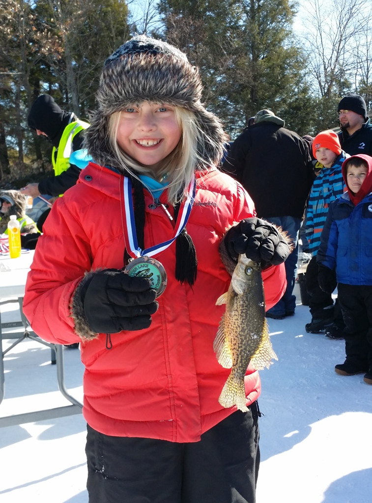 2015 youth ice fishing contest for Otter ice fishing